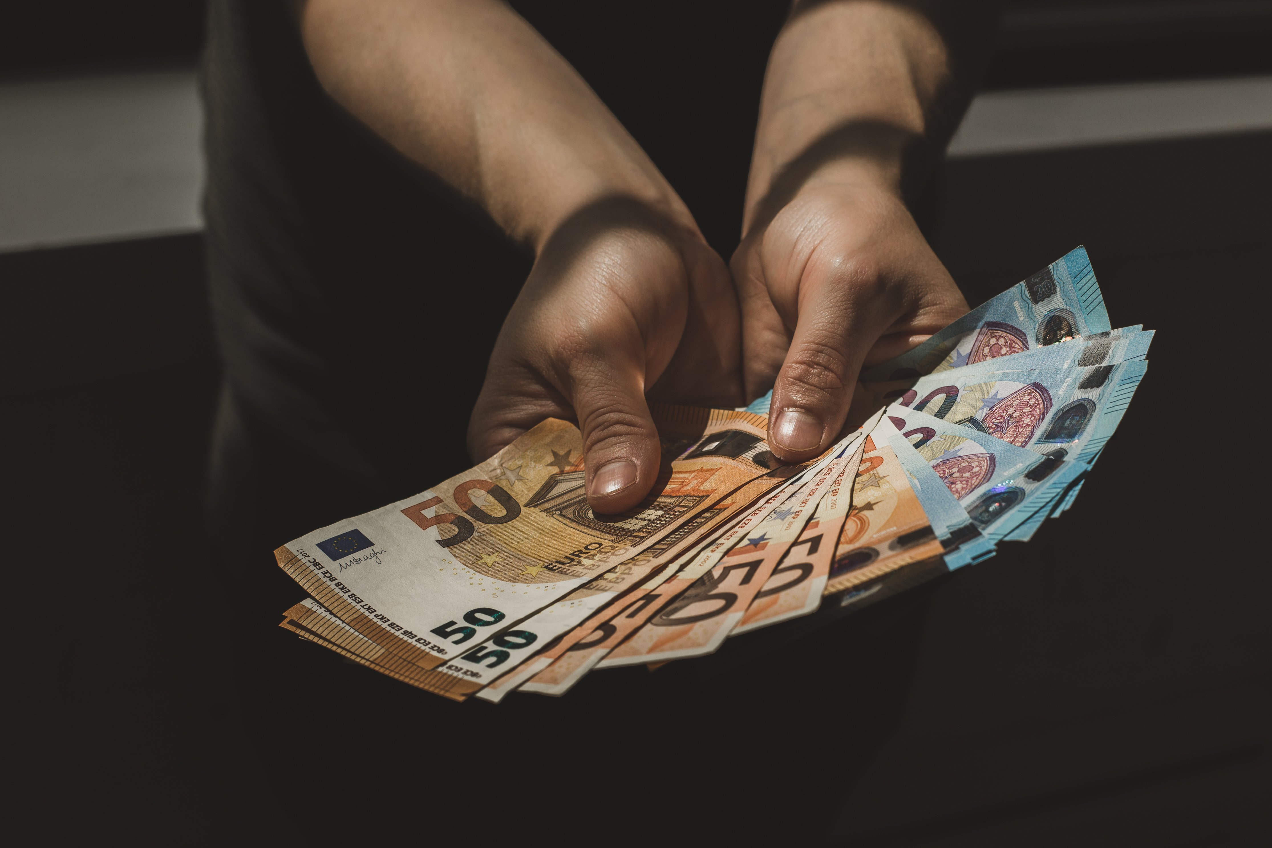 best currency exchange rate in Medellin