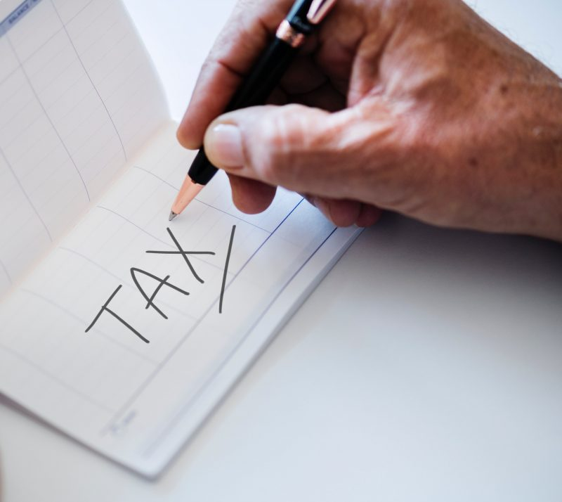 accountants filing taxes in colombia